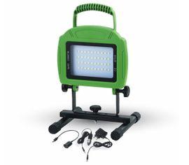 LED reflektor prenosný so vstavaným akumulátorom 20W 1600lm zelený